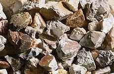 Schotter und Steine