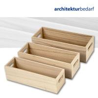Holzkästen mit ausgebohrten Griffen