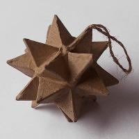 Stern aus Pappmaché